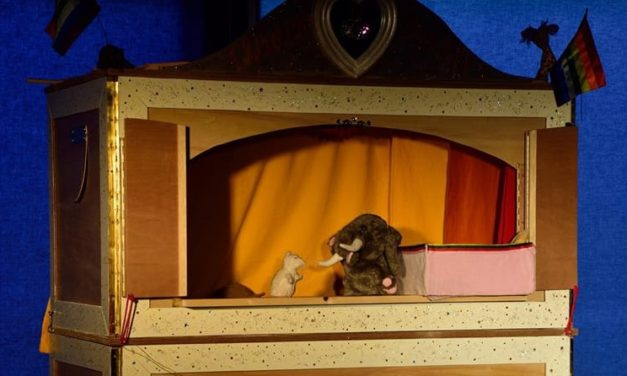 Theater (puppet) Bijouxxx  (eng)